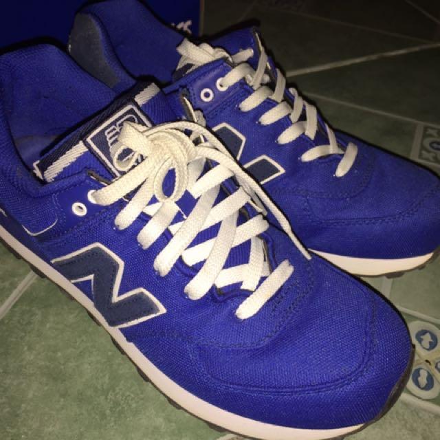 New Balance Blue/Black Used twice Size 9.5 (9/10 Condition)