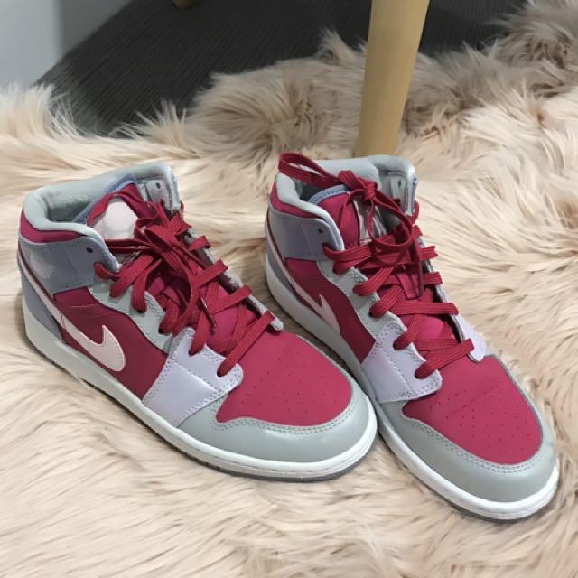 Nike Jordan Shoes Size 5