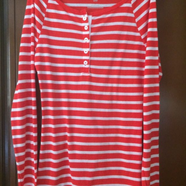 Old Navy long sleeved striped shirt