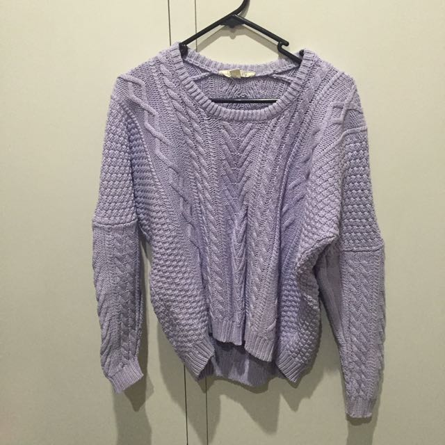 PASTEL PURPLE SWEATER SIZE SMALL