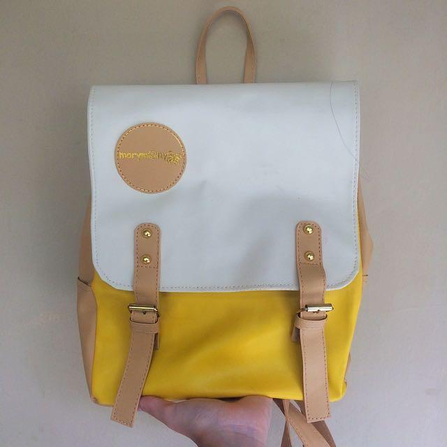 Prilly Bagpack