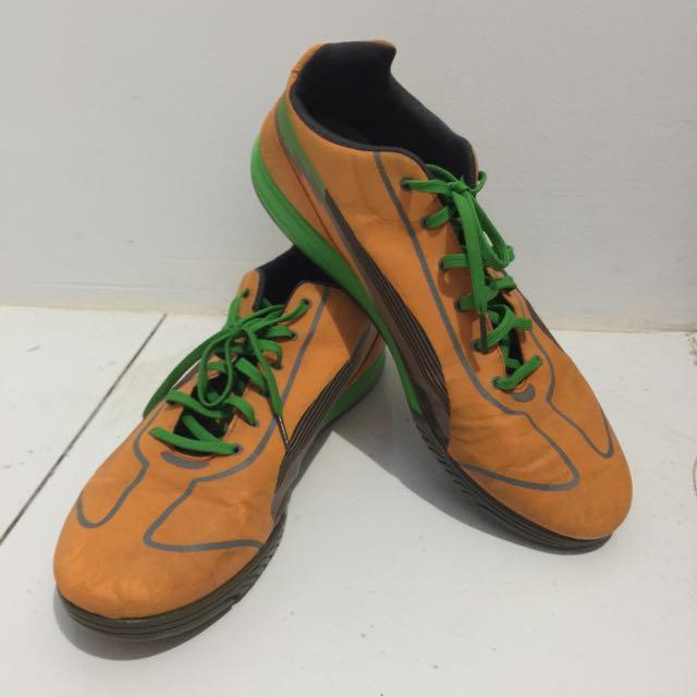 Puma Evo Speed Running/Futsal (ukuran 45)