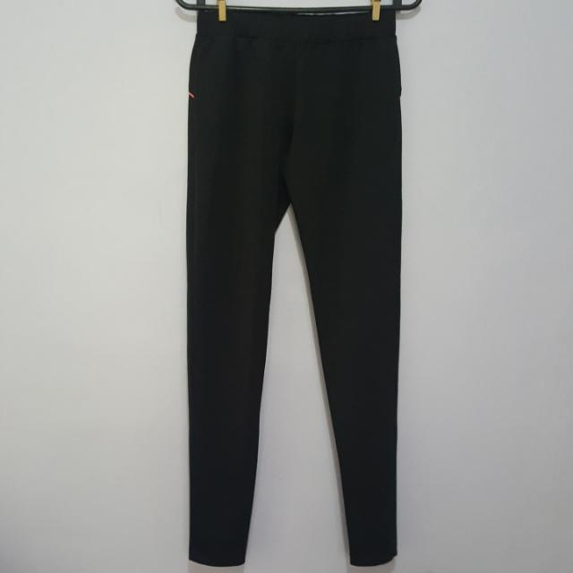 Sports Pants Size Small