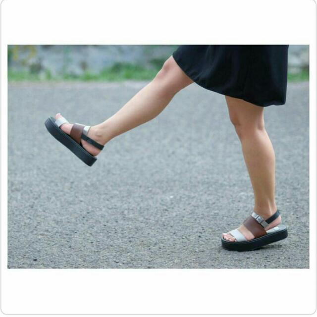 Sandal Platform Cokelat