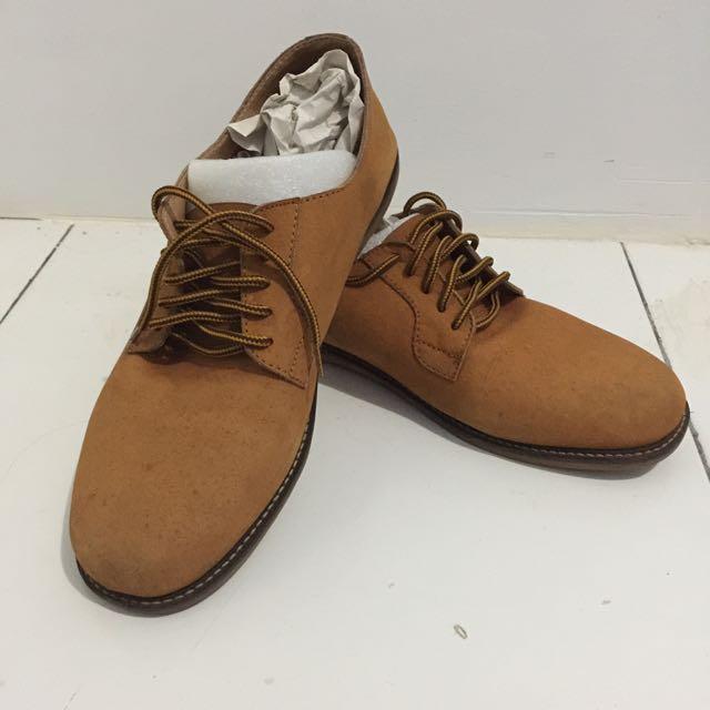 Sepatu Yongki Komaladi Brown (ukuran 42)