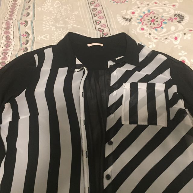 Size 12 Hot Options Black And White Stripe Sheer Shirt