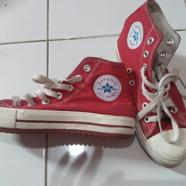 Sneaker Merah Putih 35
