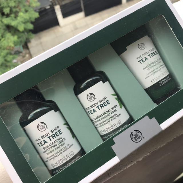 The Body Shop Tea Tree Skin Treatment
