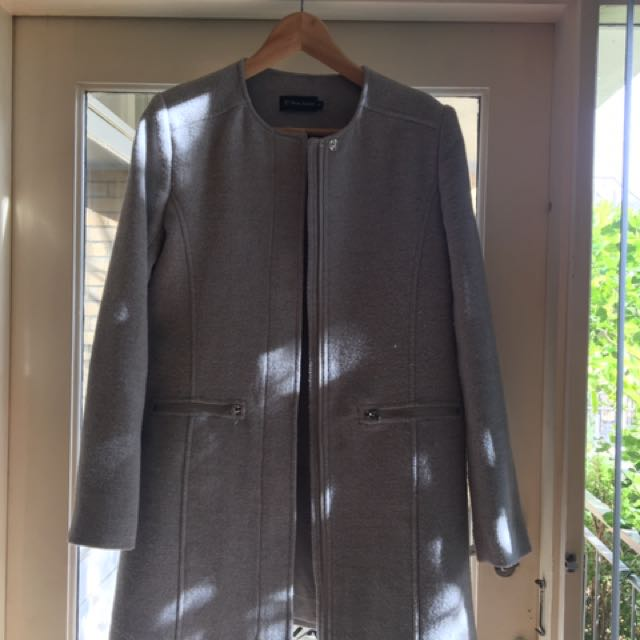 Trent Nathan Grey Coat Size 8