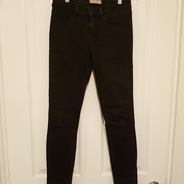 UniQLO Skinny Black Jeans
