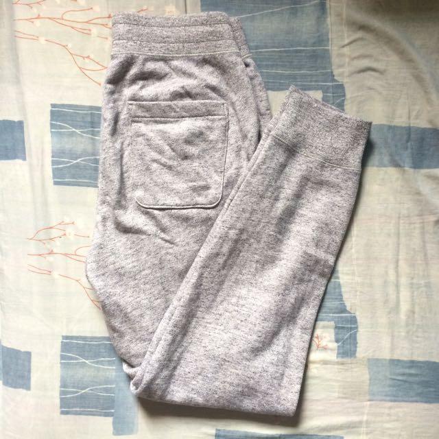 UNIQLO SWEAT PANTS