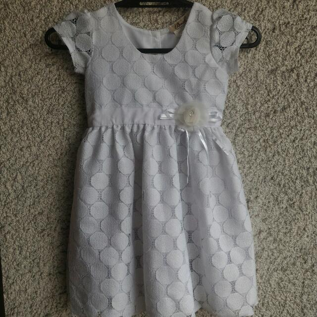 White Dress (4-6 yo)