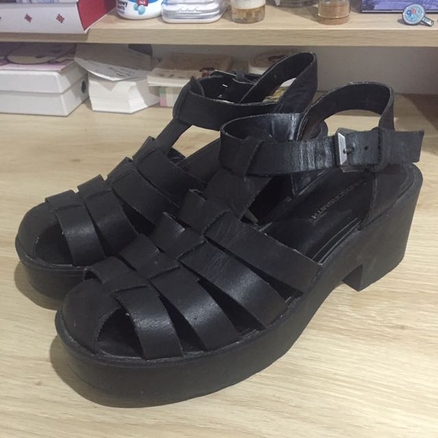 WINDSOR SMITH LILY BLACK SHOES SIZE 7