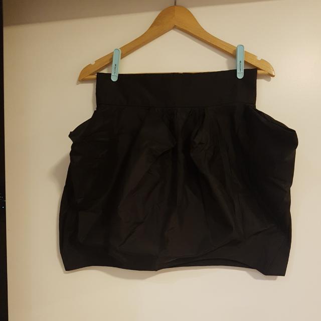 Woodford & Co. Little Black Mini Skirt Sz 10