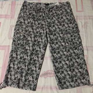 MAUI AND SONS 3/4 SHORTS‼️ Size 33‼️