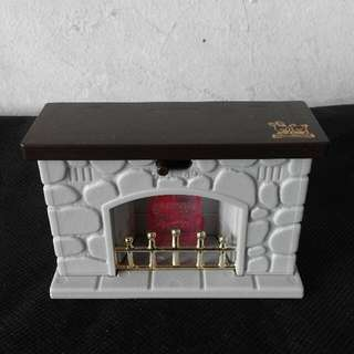 Repriced Maple Town Fireplace ( Sylvanian Families)