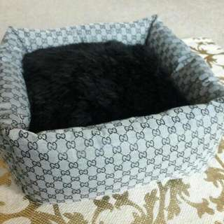 Gucci Extra SmAll Pet Bed