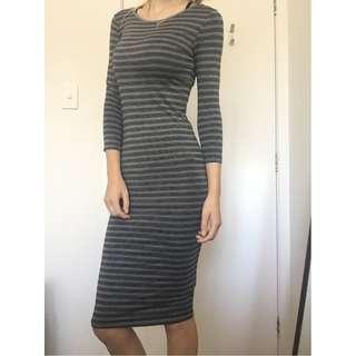 Midi fitted dress