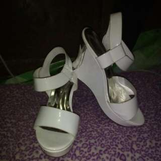REPRICED!! White Wedge