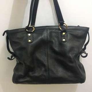 CLASSIQUE ANNA BOSTON BAGS