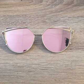 SUNGLASSES- Rose Gold Lens