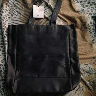 (repriced) Bath & Body Works Tote Bag