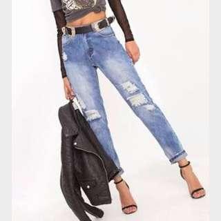 PrettyLittleThing Boyfriend Jeans