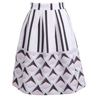 *SALE* *Imported from Taiwan* Brand New Geometric Printed Midi Skirt