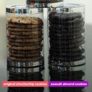 Dark chocolate almond sea salt cookies Original chocochips cookies