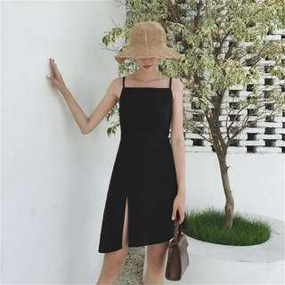 黑色俐落簡約洋裝