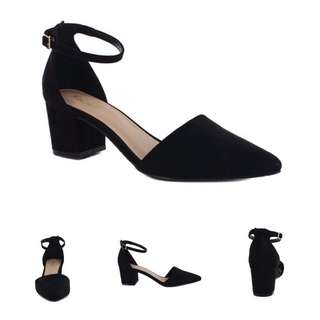 Tres Jolie - Crossbow Block Heel (7)