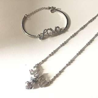 飾品(項鍊、手環)