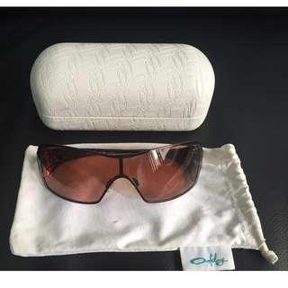3a6c3b85ffec Authentic Oakley Dart Sunglasses (Used)