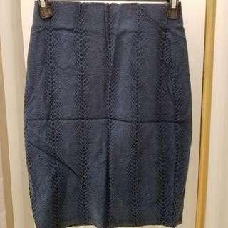 轉賣dresscode 深藍色紋路 鬆緊合身中裙