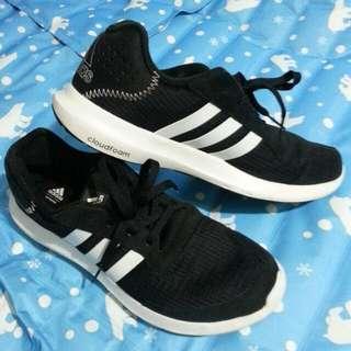 🚚 男鞋 愛迪達 布鞋 9成新 跑步鞋 運動