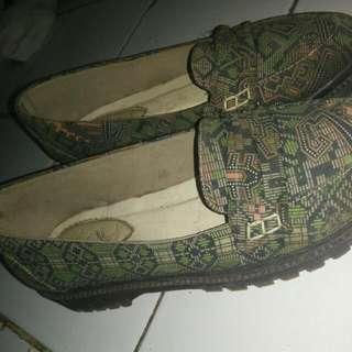 Sepatu Etnik Sepatu Batik