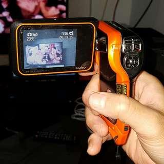(SANYO xacti) WATER PROOF VIDEO CAMERA  8 MEGA PIXEL, 5x Zoom Lens