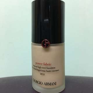 Giorgio Armani Power Fabric foundation 持久零瑕粉底液