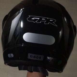 GPR GS08 Helmet (Glossy Black)