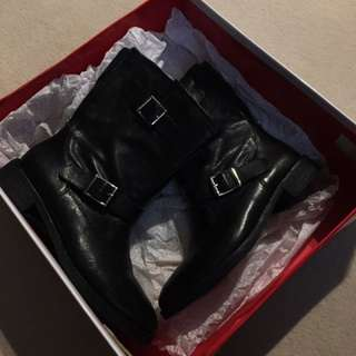Authentic DKNY Ankle Boots Black