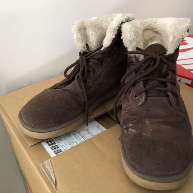 BSS馬丁雪靴,防水保暖