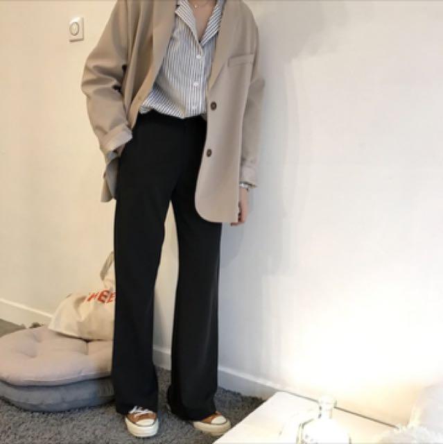 西裝布料微喇叭褲