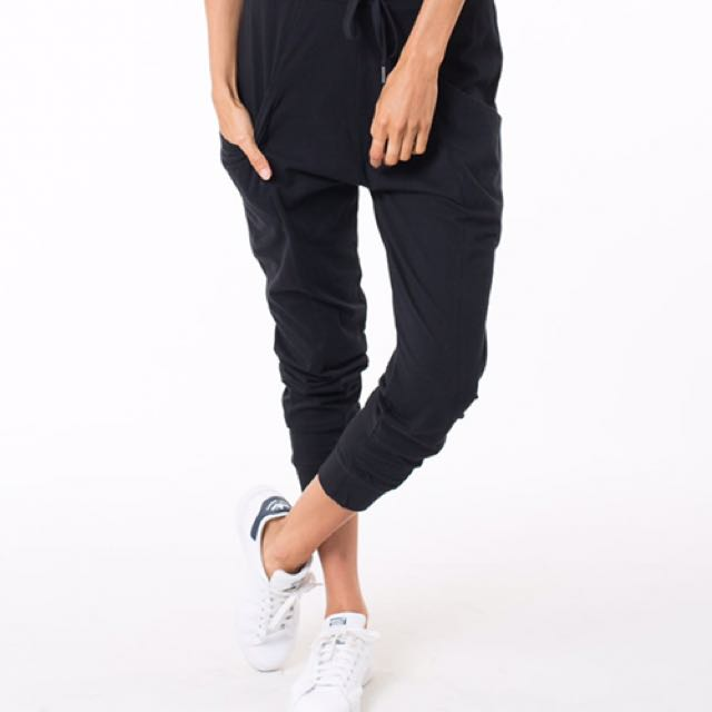 BNWT All About Eve Pants
