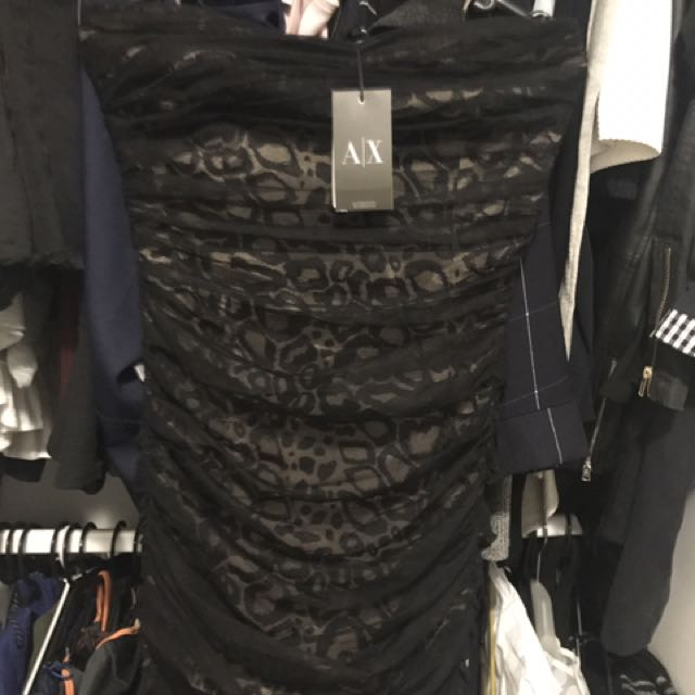 BNWT armani skirt
