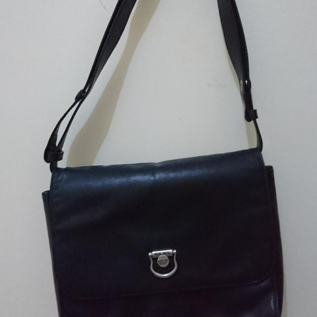 Braun Buffel Black Shoulder Bag
