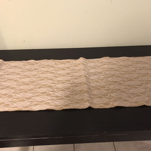 Burlap And Lace Table Runner (5feet)