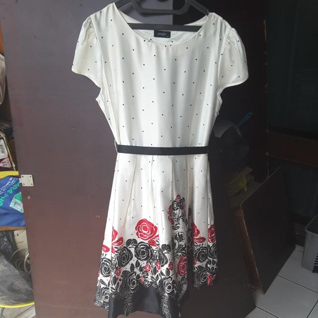 Dress Malam