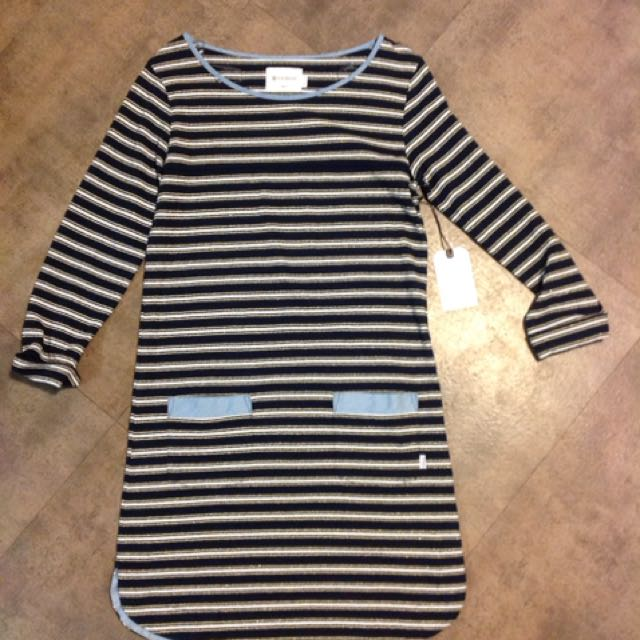 Element Long Sleeve Dress