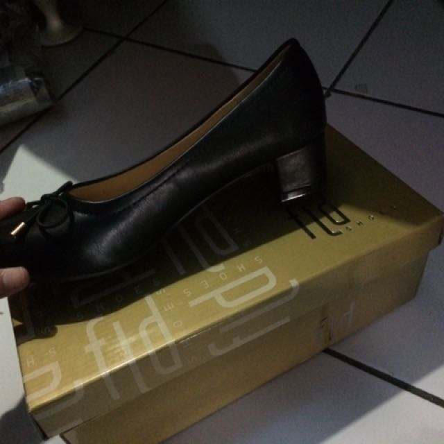 Fladeo Executive Black Shoes