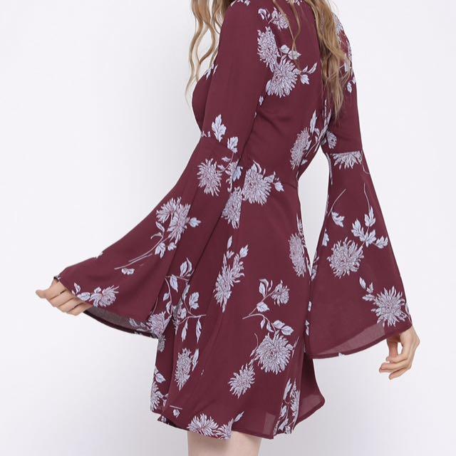 Forever 21 S Bell Sleeve Dress
